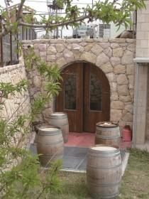 Очарование простоты «Йекев Ѓарей Йерушалаим» (винодельня «Иерусалимские горы»), домашняя элитная винодельня, Элеазар