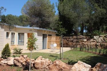 המון מקום לישון | בית הארחה כפר עציון